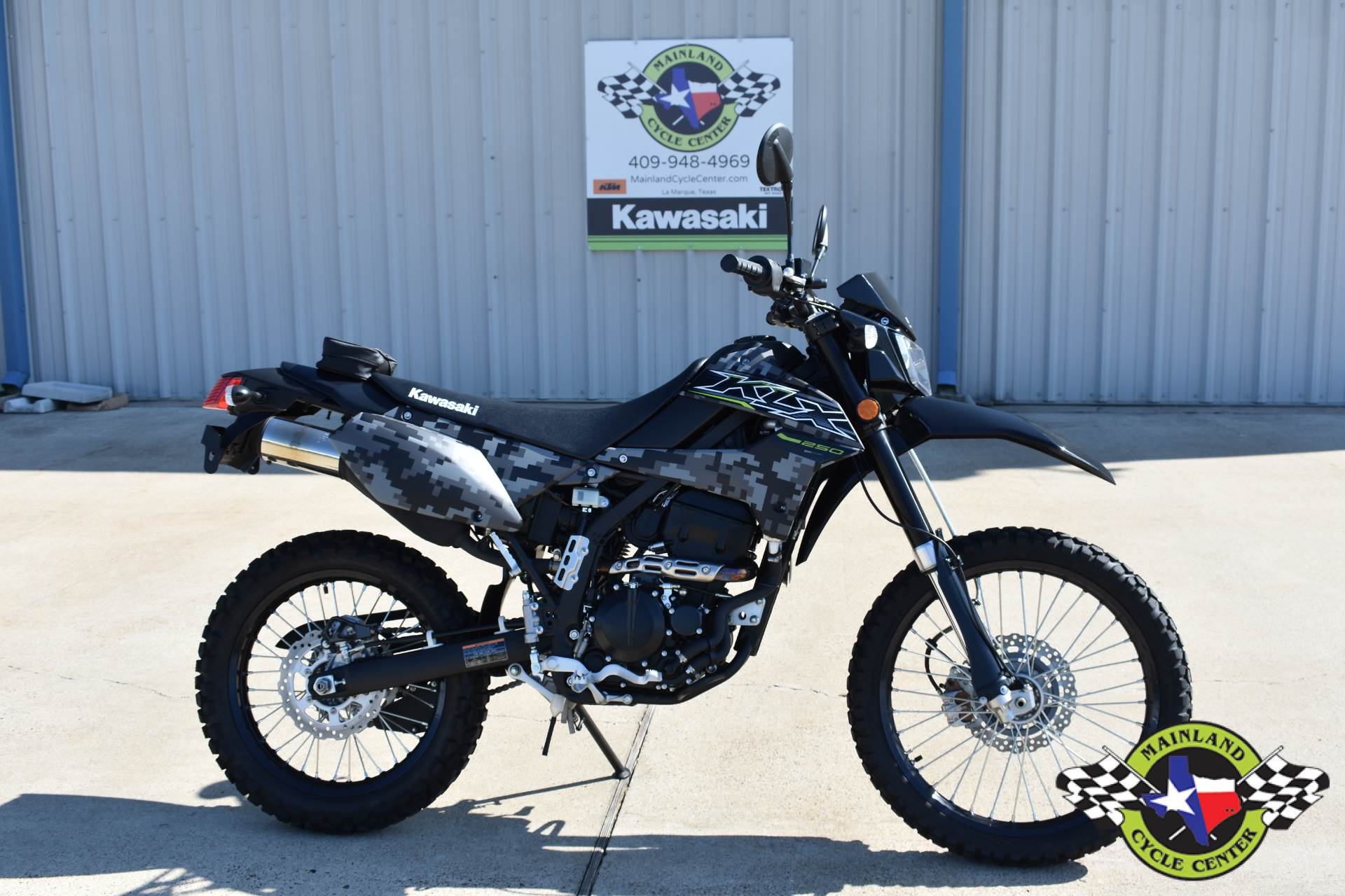 2019 Kawasaki KLX 250 Camo in La Marque, Texas - Photo 1