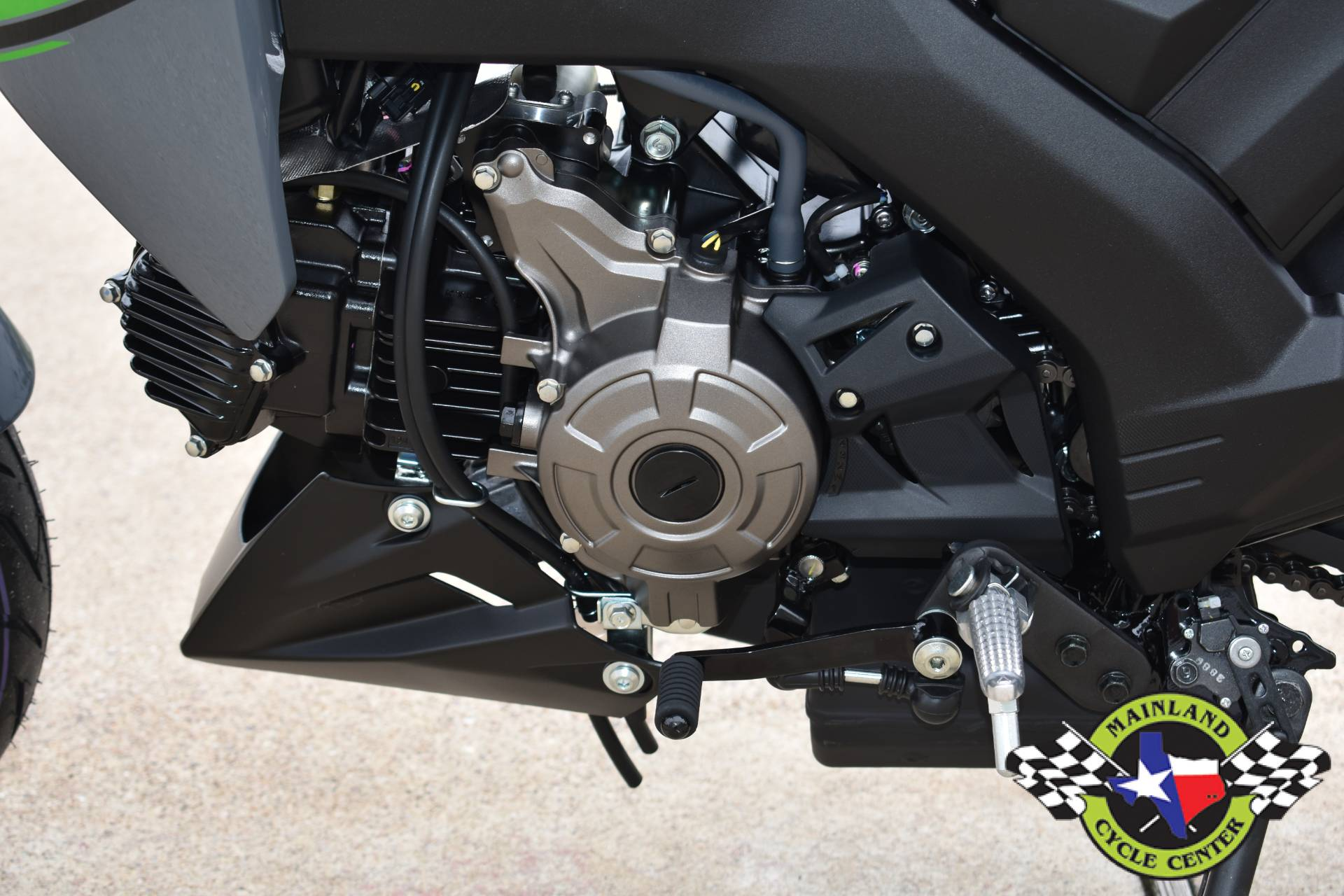 2020 Kawasaki Z125 Pro in La Marque, Texas - Photo 17