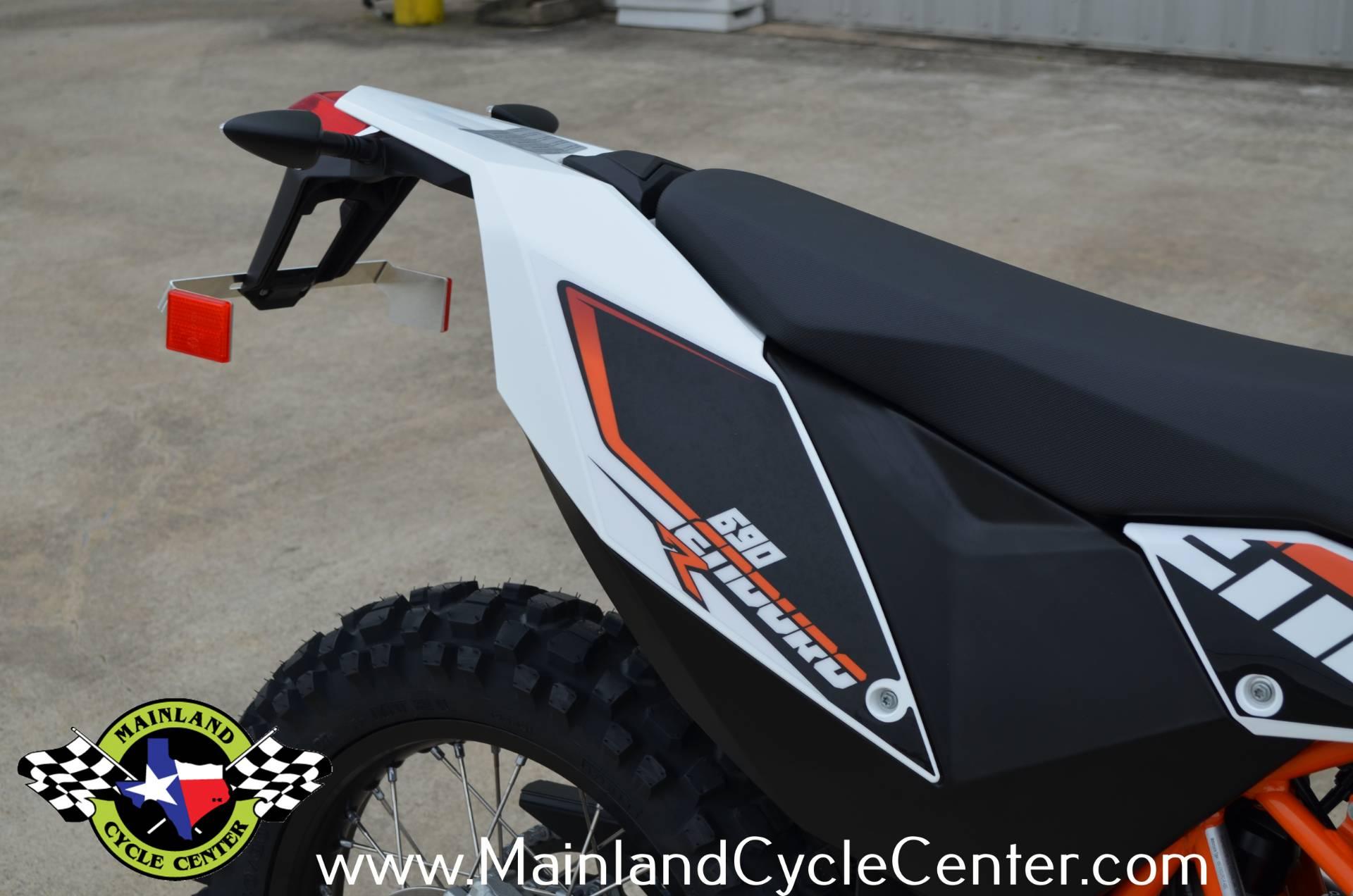 2018 KTM 690 Enduro R 11