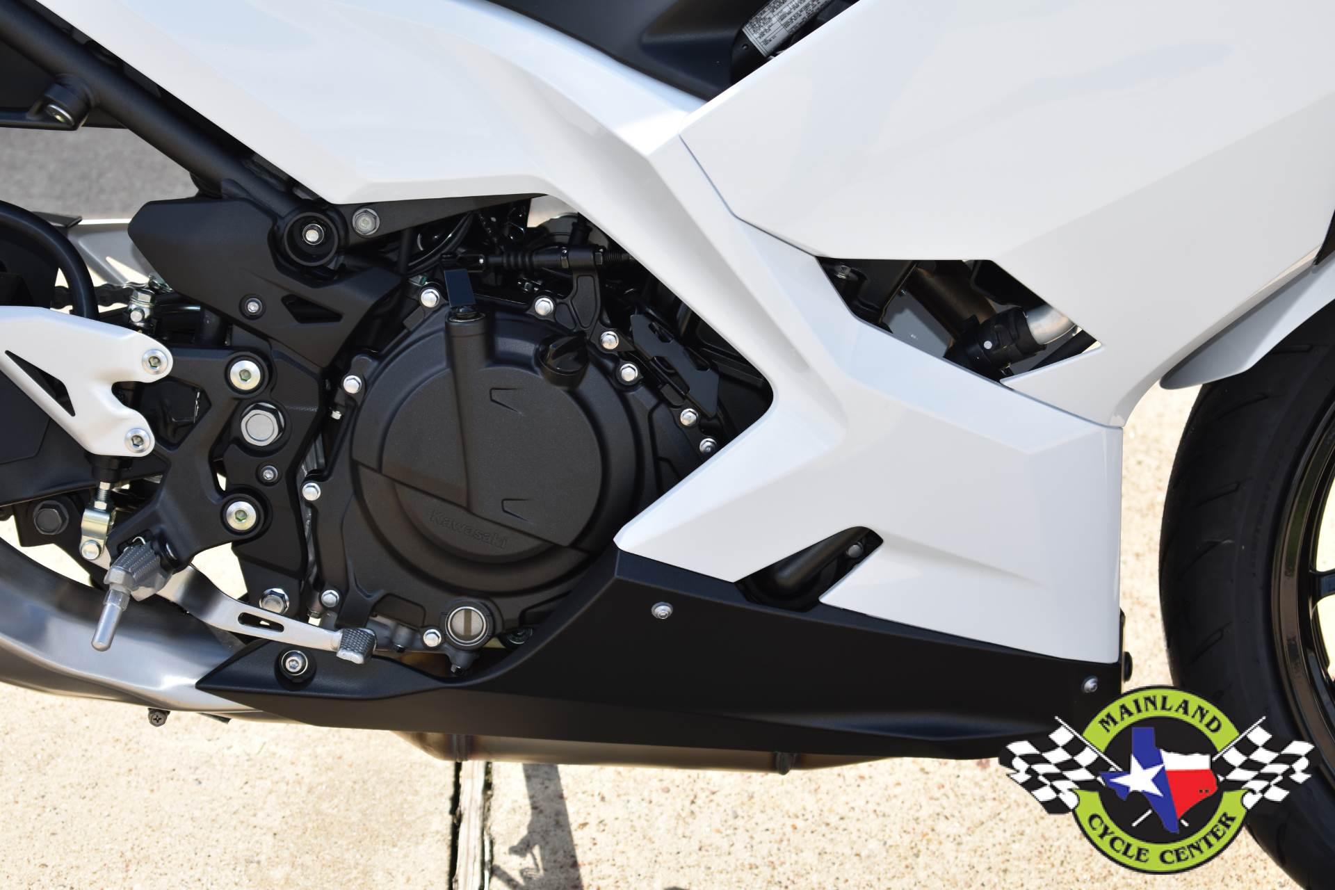 2020 Kawasaki Ninja 400 ABS 10