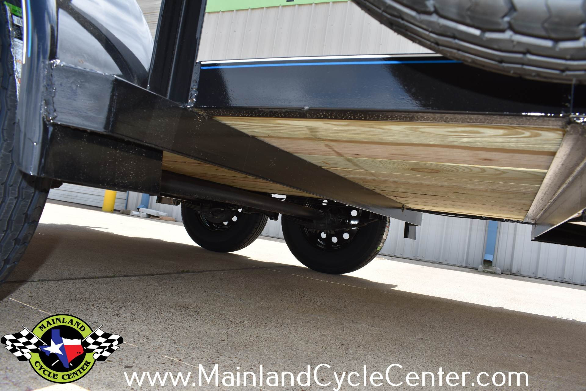 2019 Top Hat Industries 12 X 77 EP Pipe Top Tandem Axle in La Marque, Texas - Photo 17