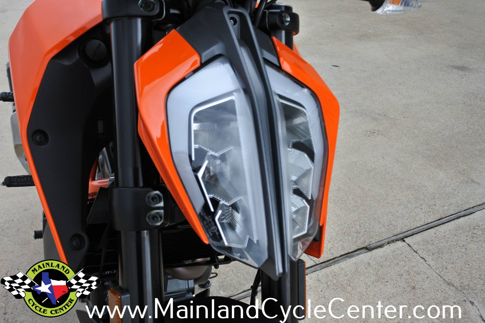 2020 KTM 390 Duke in La Marque, Texas - Photo 9