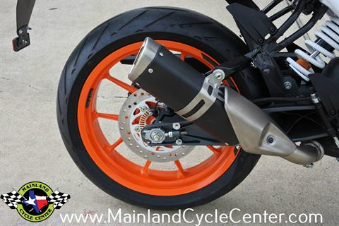 2020 KTM 390 Duke in La Marque, Texas - Photo 13