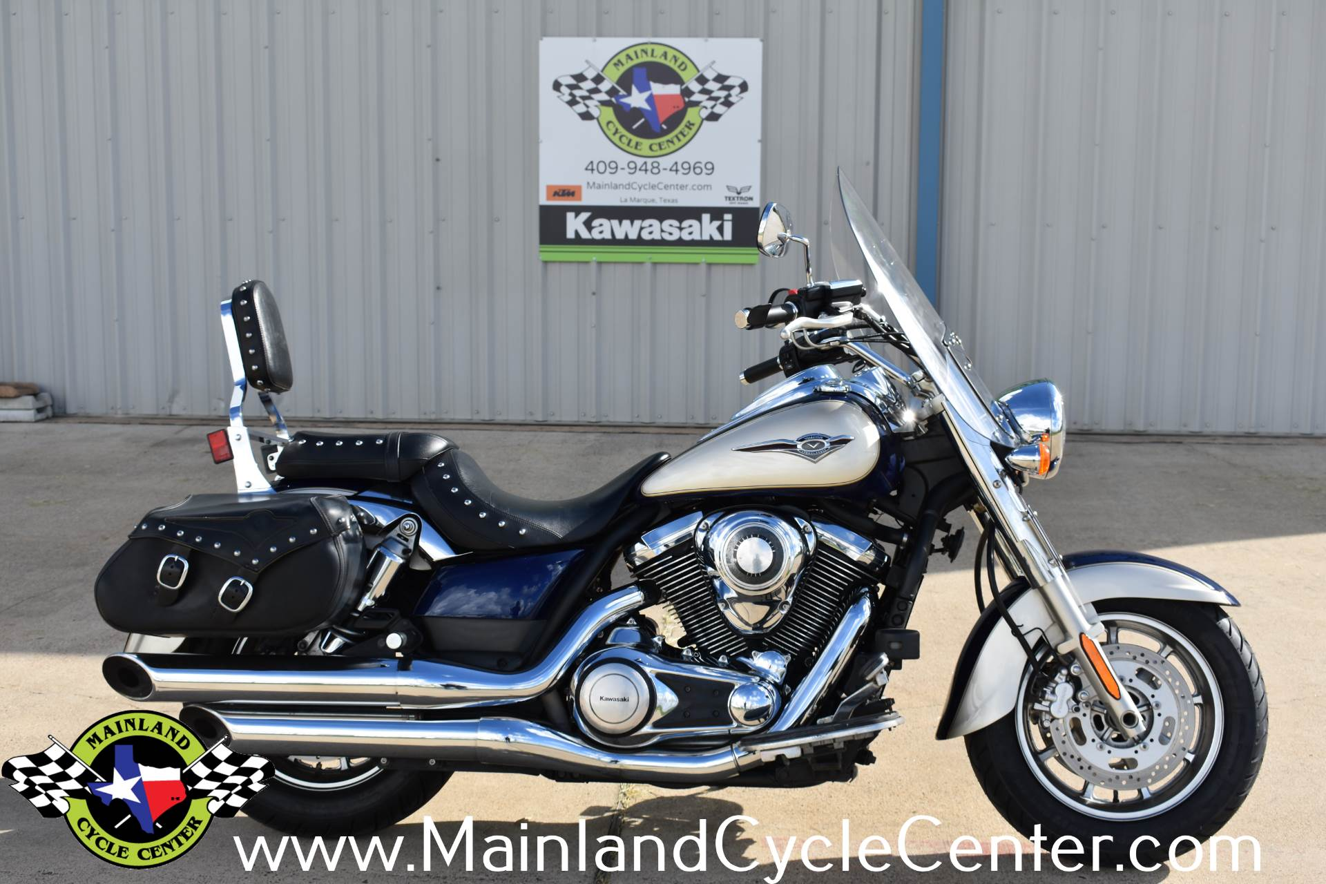 2009 Kawasaki Vulcan 1700 Classic LT in La Marque, Texas - Photo 1