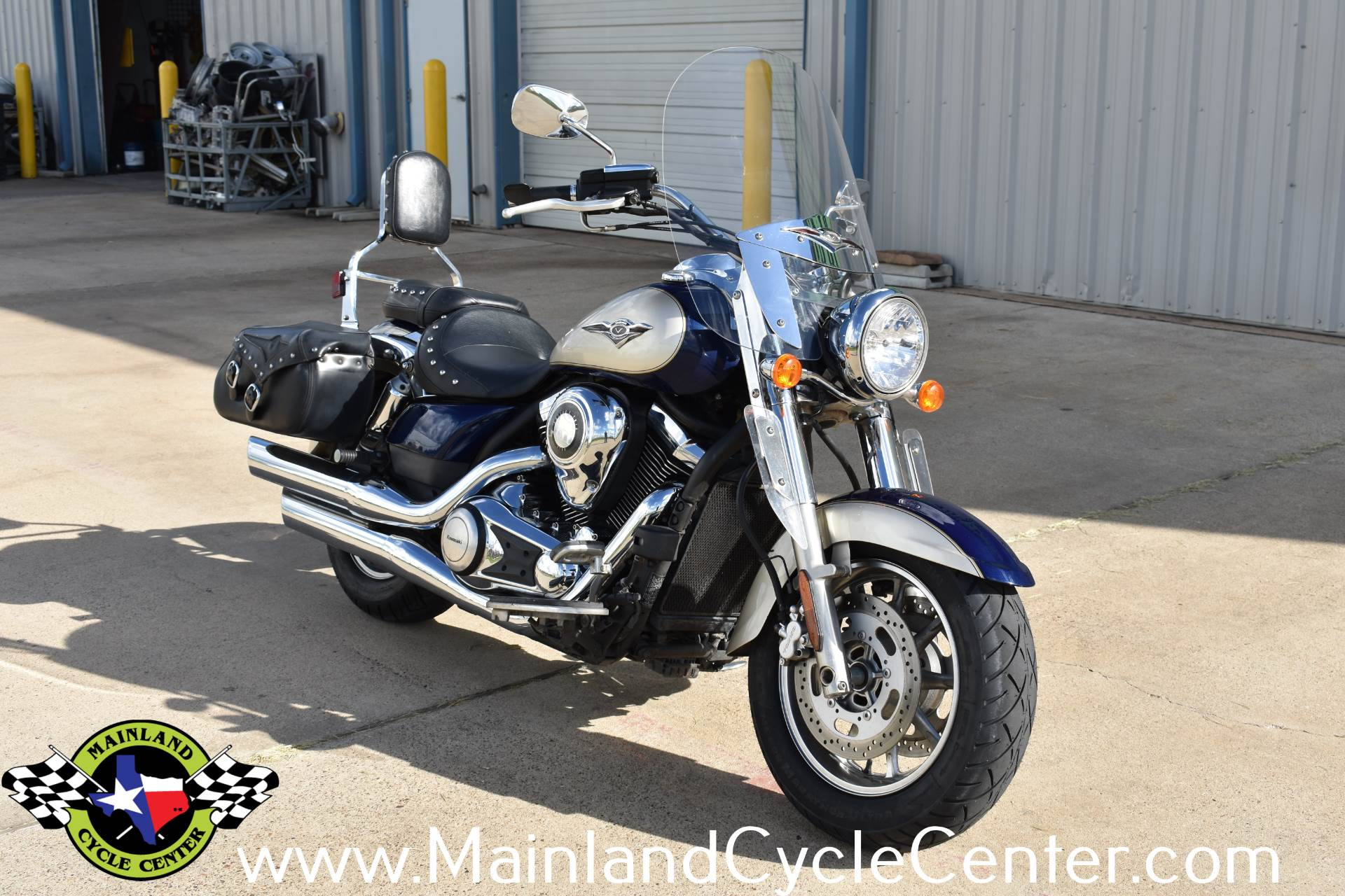 2009 Kawasaki Vulcan 1700 Classic LT in La Marque, Texas - Photo 2