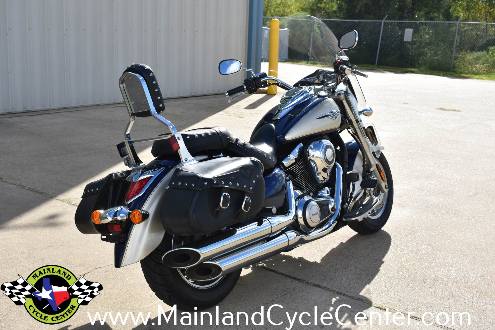 2009 Kawasaki Vulcan 1700 Classic LT in La Marque, Texas - Photo 3