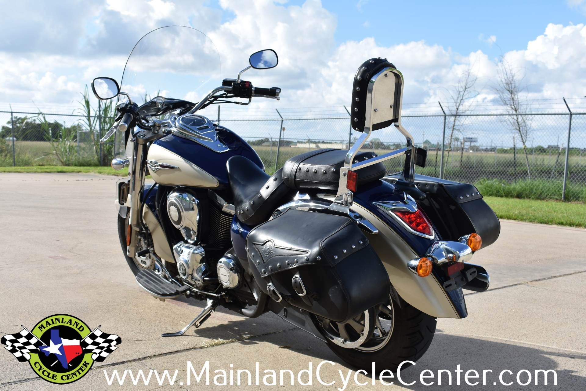 2009 Kawasaki Vulcan 1700 Classic LT in La Marque, Texas - Photo 6