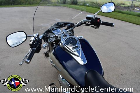 2009 Kawasaki Vulcan 1700 Classic LT in La Marque, Texas - Photo 18