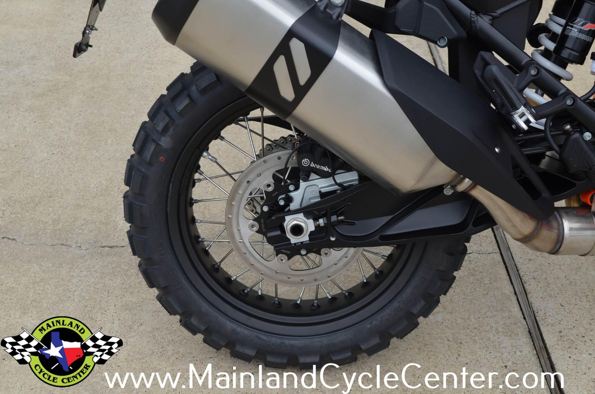 2018 KTM 1090 Adventure R 12