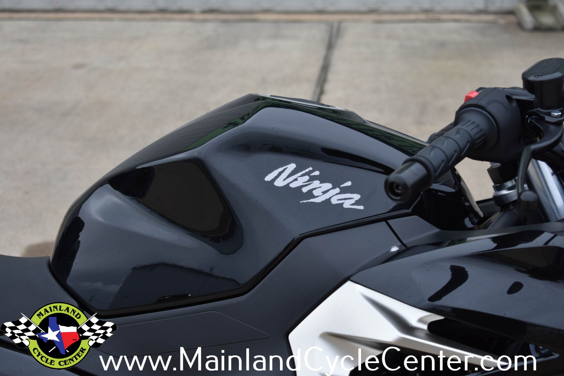 2019 Kawasaki Ninja 400 ABS in La Marque, Texas - Photo 12