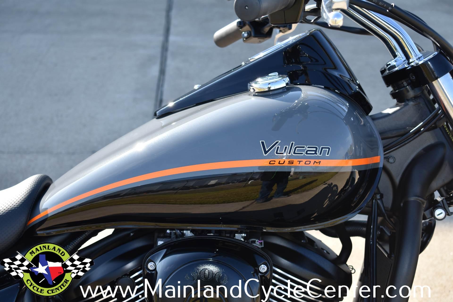 2019 Kawasaki Vulcan 900 Custom 10