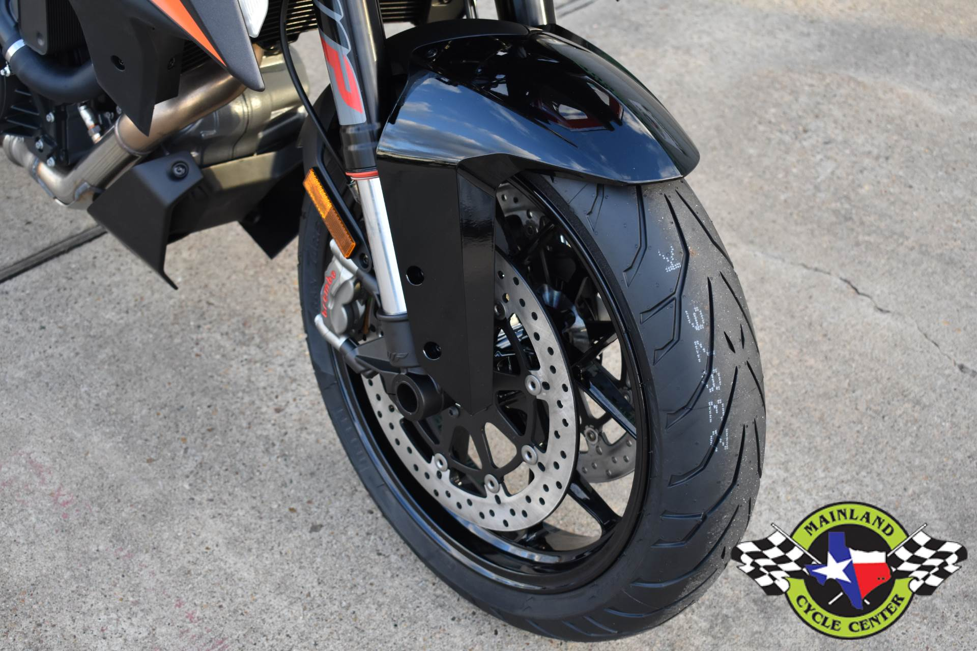 2020 KTM 1290 Super Duke GT in La Marque, Texas - Photo 14