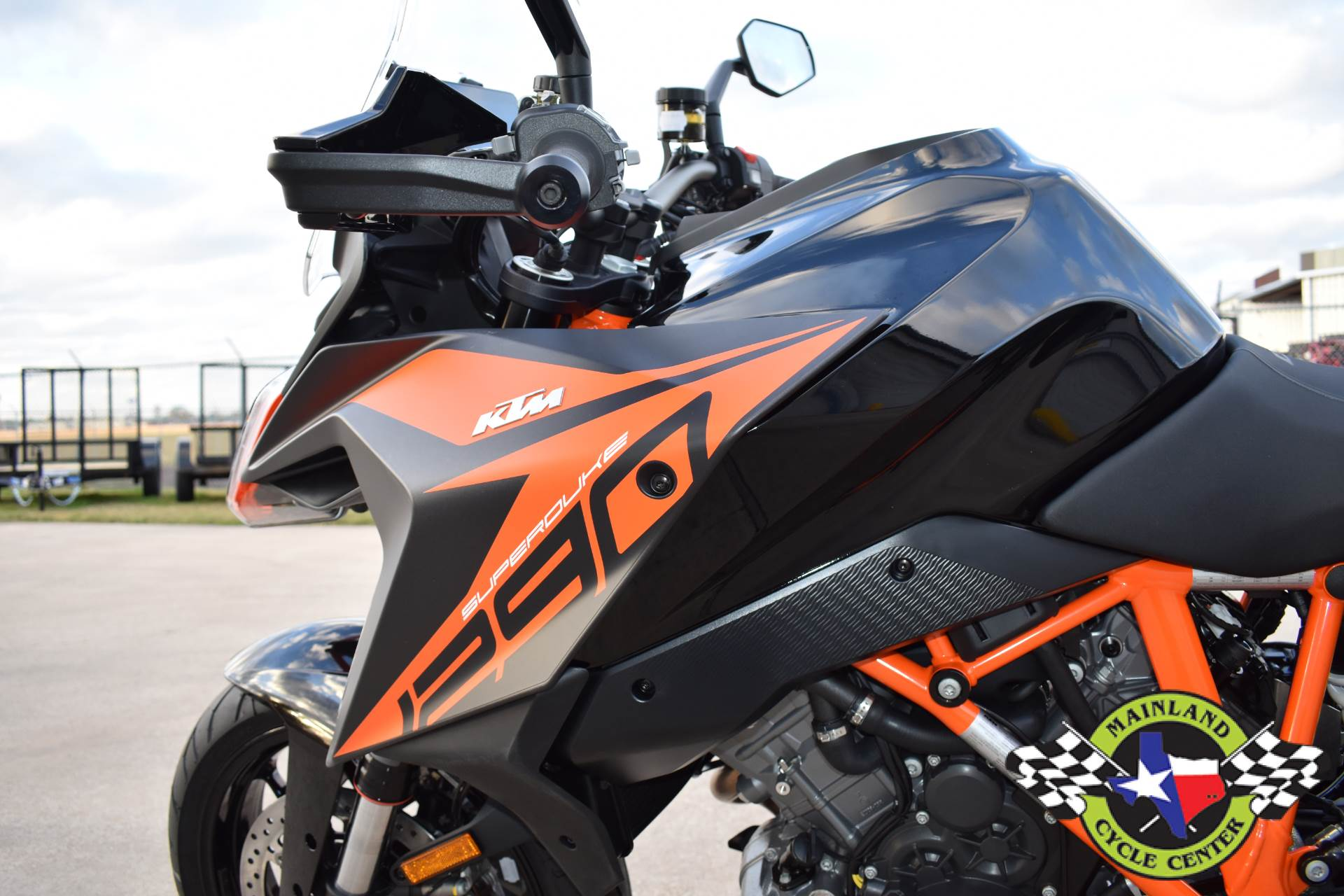 2020 KTM 1290 Super Duke GT in La Marque, Texas - Photo 19