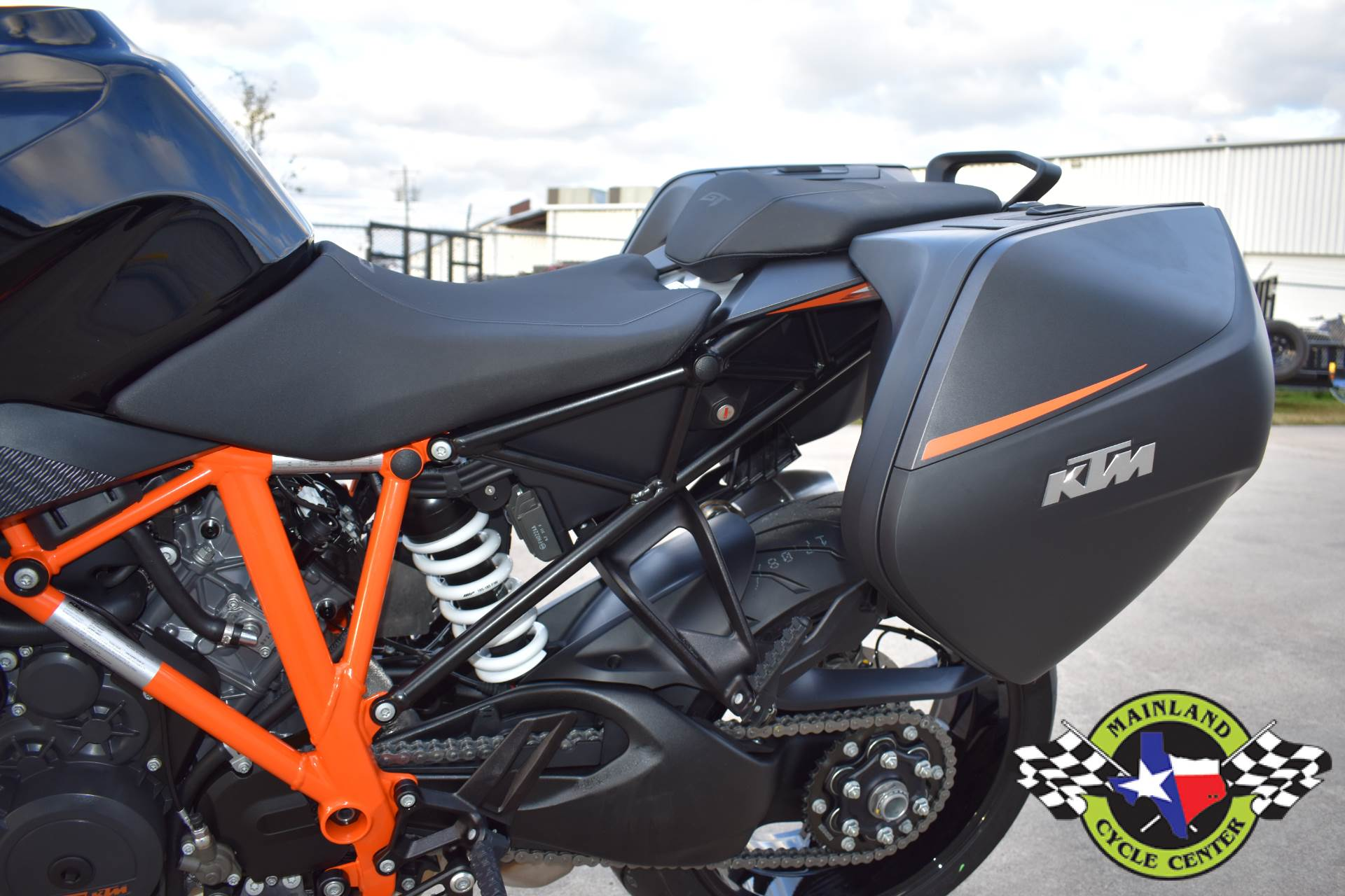 2020 KTM 1290 Super Duke GT in La Marque, Texas - Photo 20
