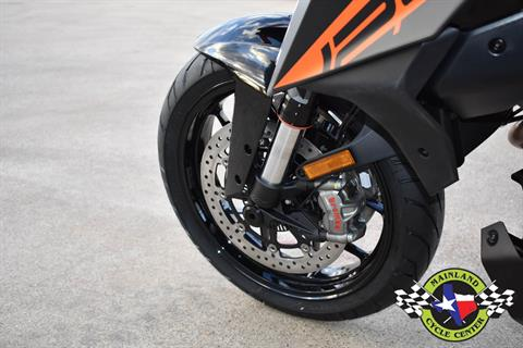 2020 KTM 1290 Super Duke GT in La Marque, Texas - Photo 22