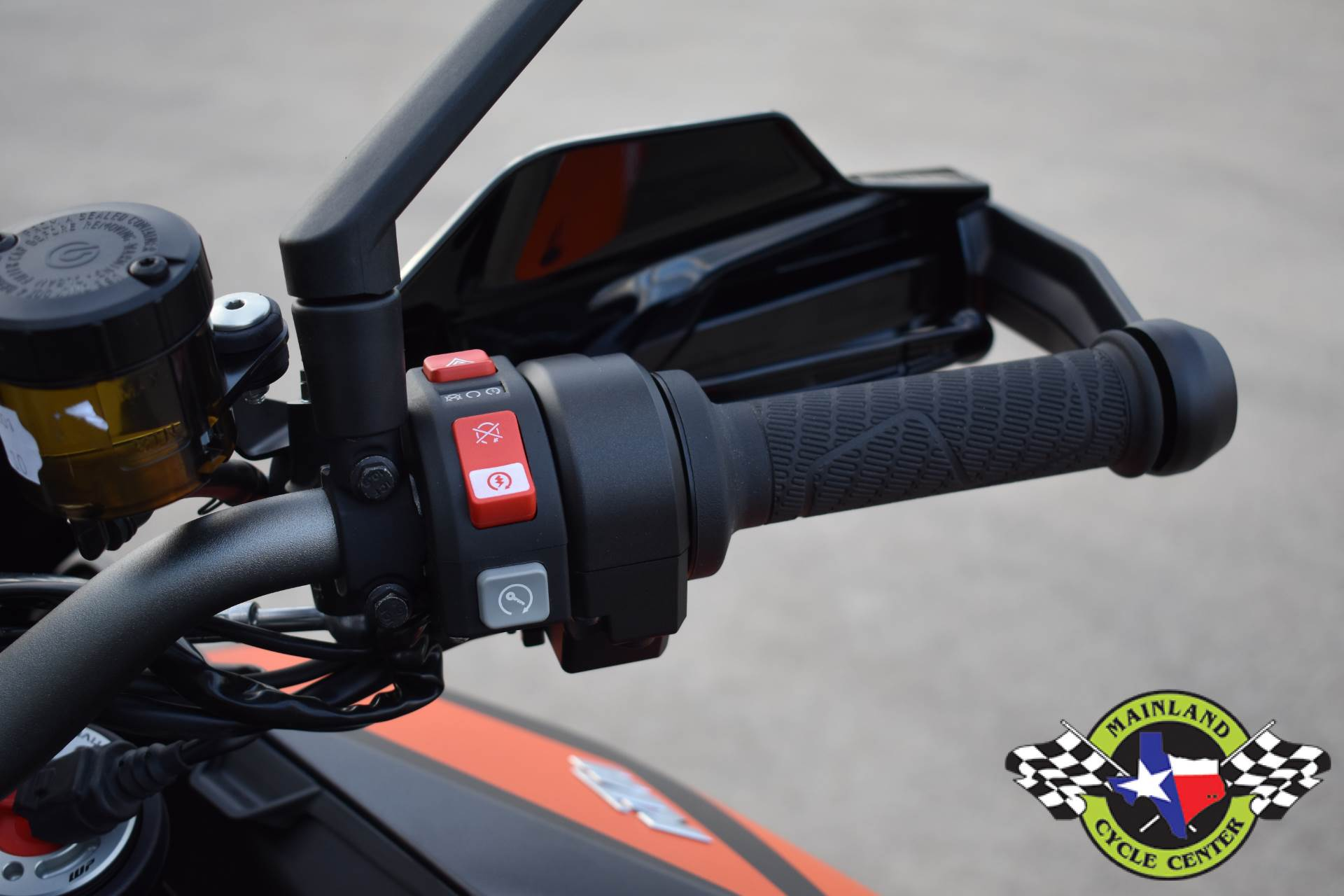 2020 KTM 1290 Super Duke GT in La Marque, Texas - Photo 26