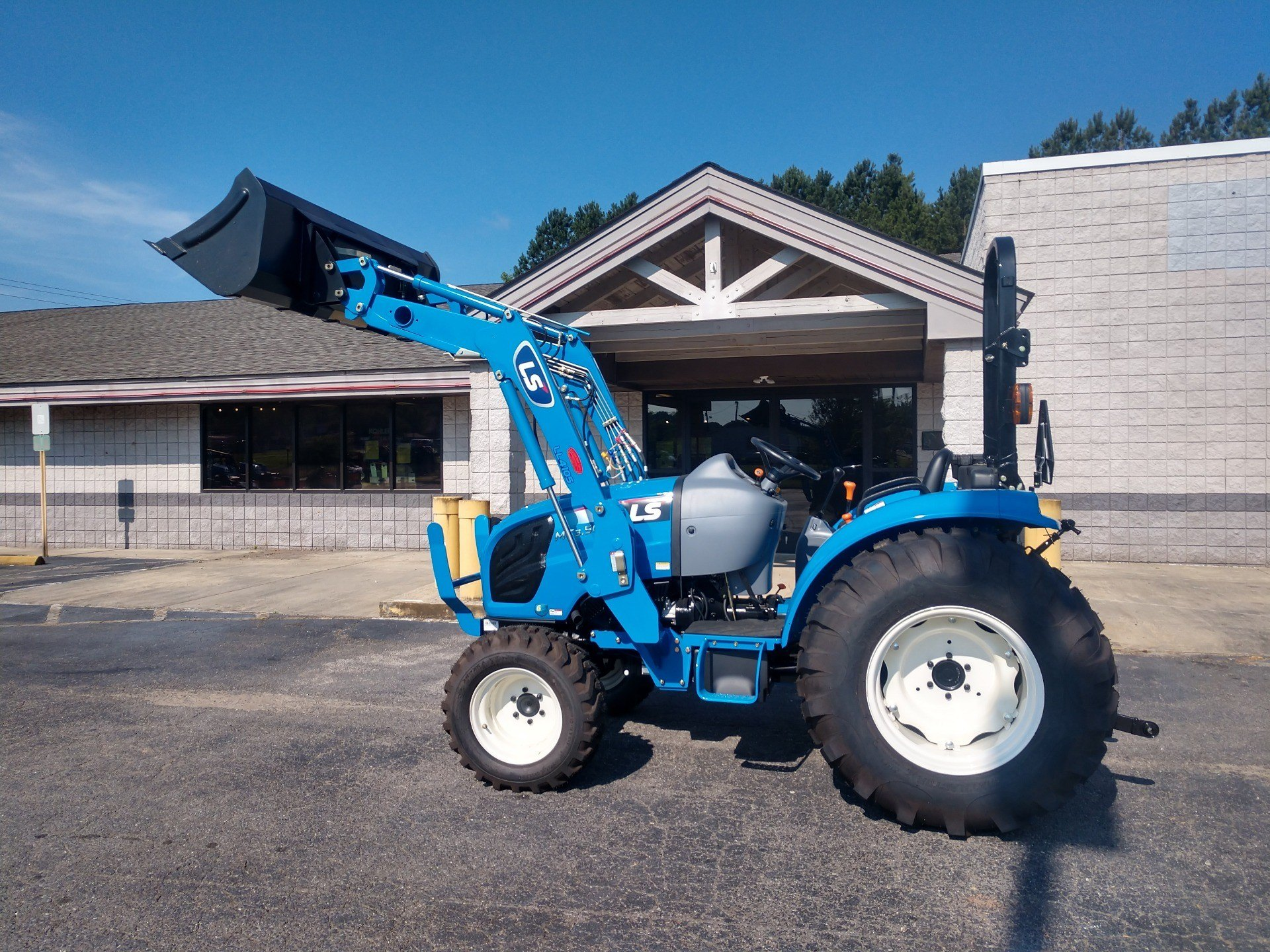 2019 LS Tractor MT350E in Lancaster, South Carolina - Photo 1