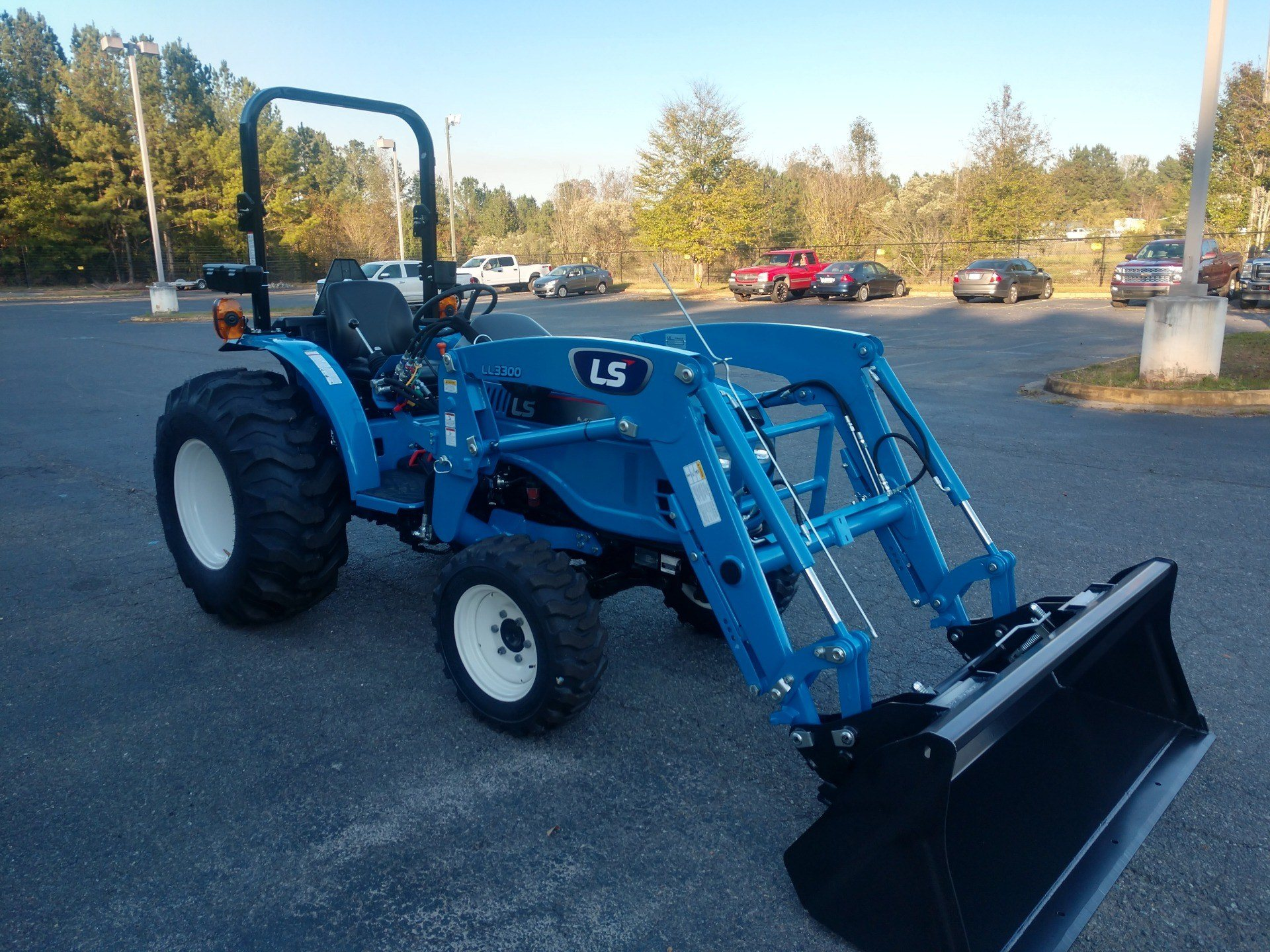 2019 LS Tractor MT225HE in Lancaster, South Carolina - Photo 4