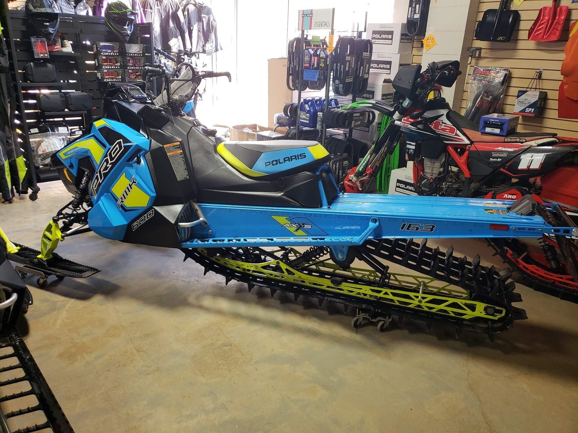 2019 Polaris 800 PRO-RMK 163 Snowcheck Select in Auburn, California - Photo 3