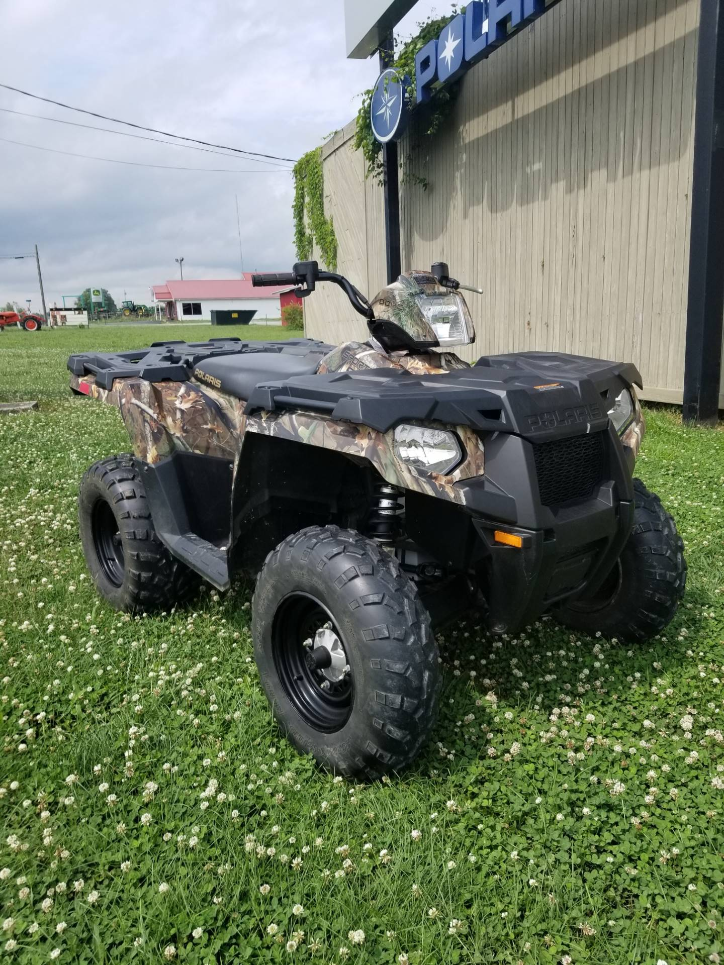 2014 Polaris Sportsman® 570 EPS in Fayetteville, Tennessee - Photo 2