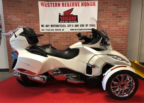 2016 Can-Am Spyder RT Limited in Mentor, Ohio
