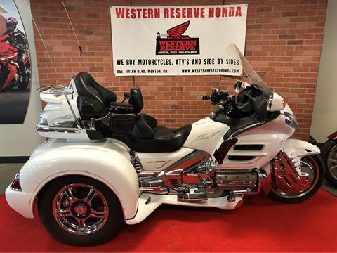 2006 Honda Gold Wing® Airbag in Mentor, Ohio - Photo 1