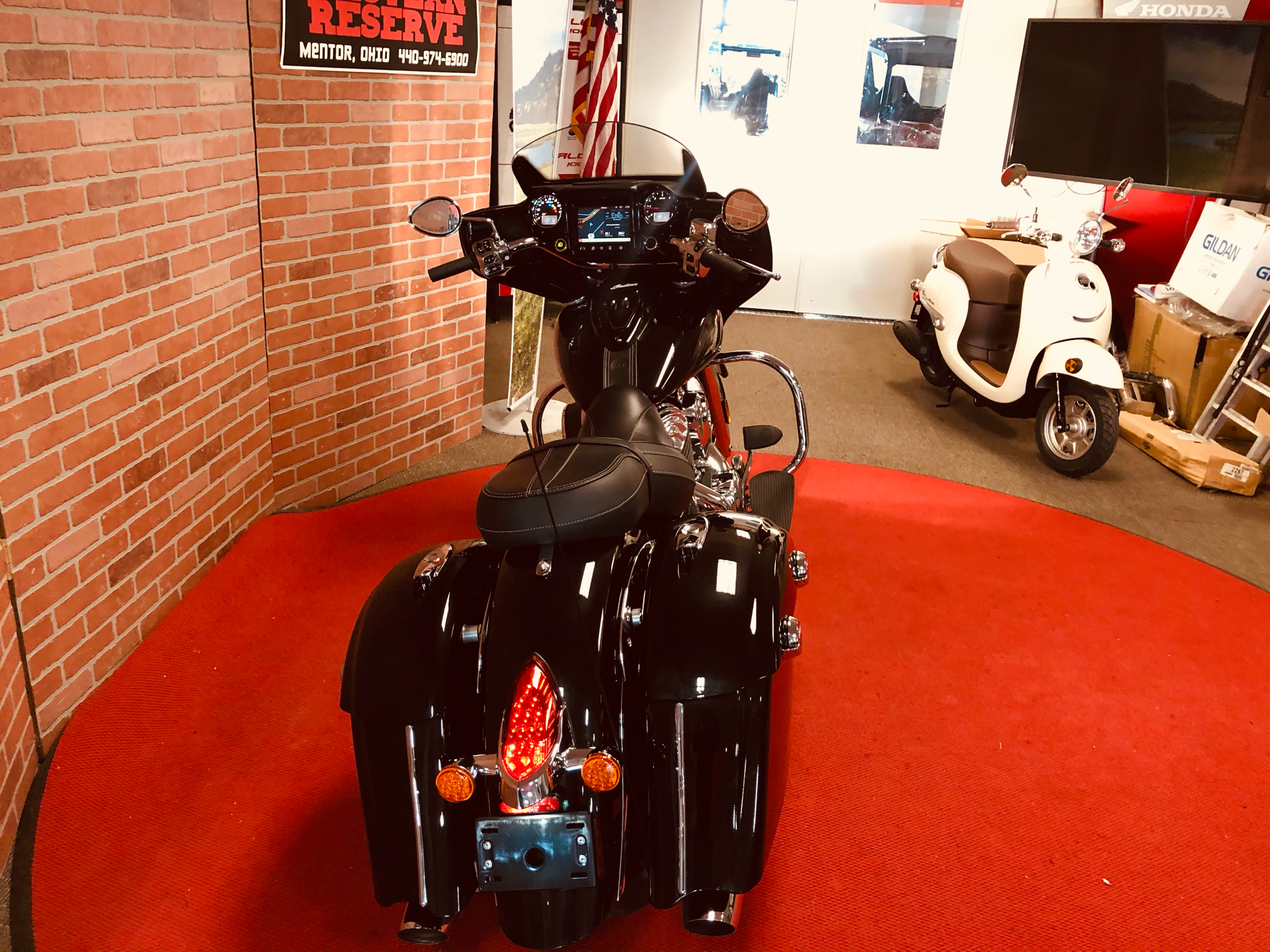 2018 Indian Chieftain® Limited ABS in Mentor, Ohio - Photo 5