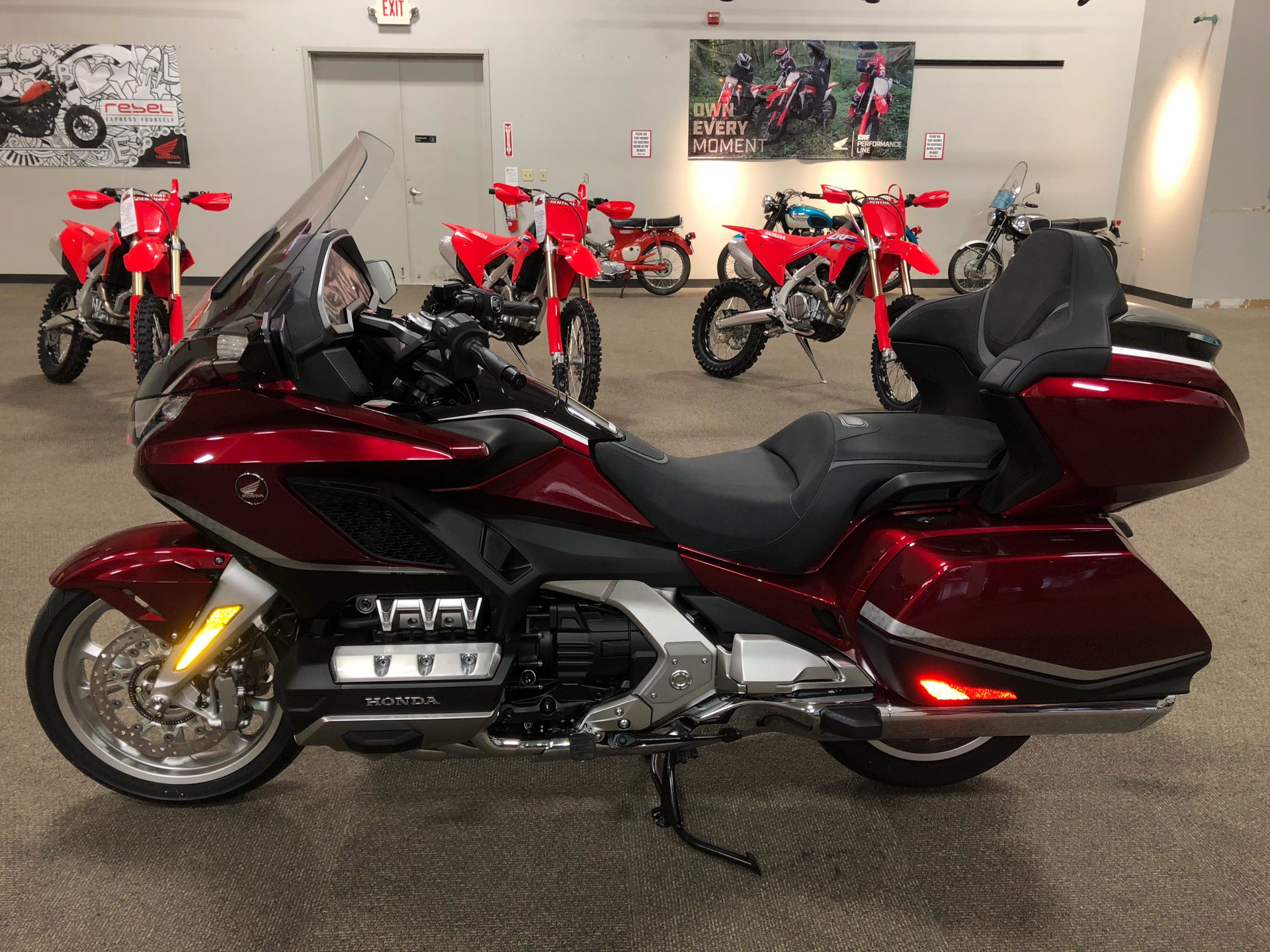 2021 Honda Gold Wing Tour Automatic DCT in Mentor, Ohio - Photo 2