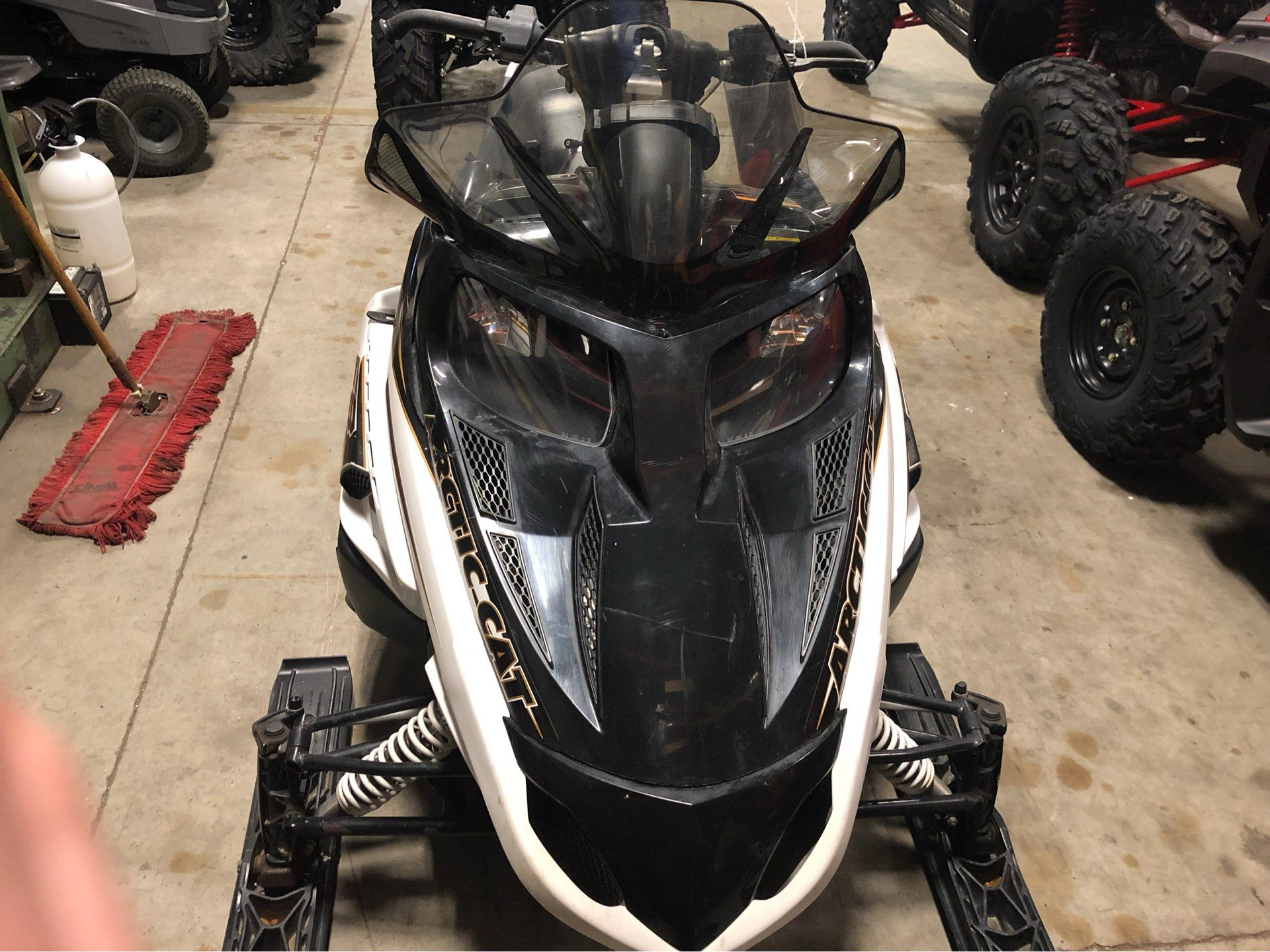 2008 Arctic Cat F8 LXR in Mentor, Ohio - Photo 2