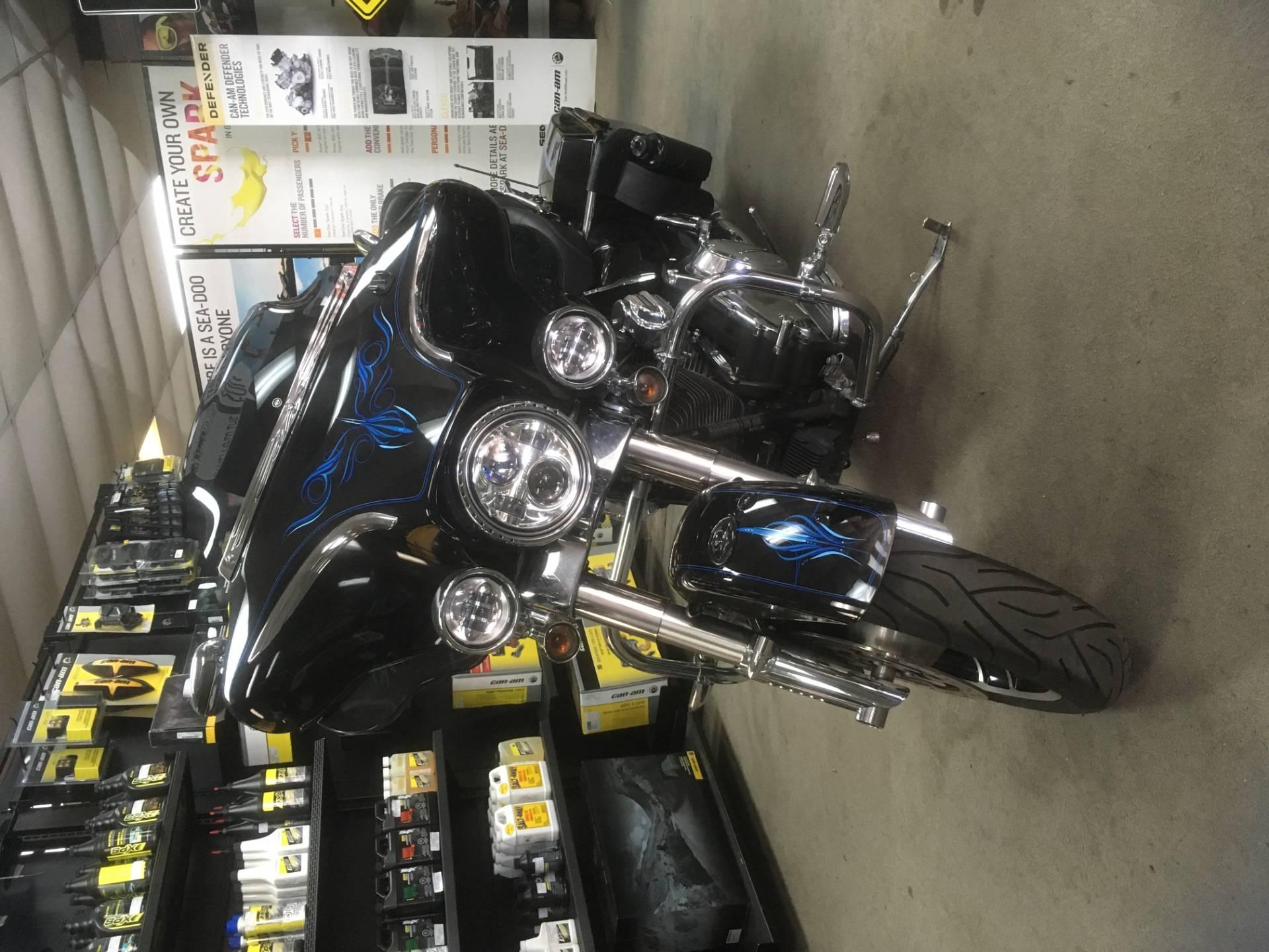 2010 Harley-Davidson FLHX STREET GLIDE 2