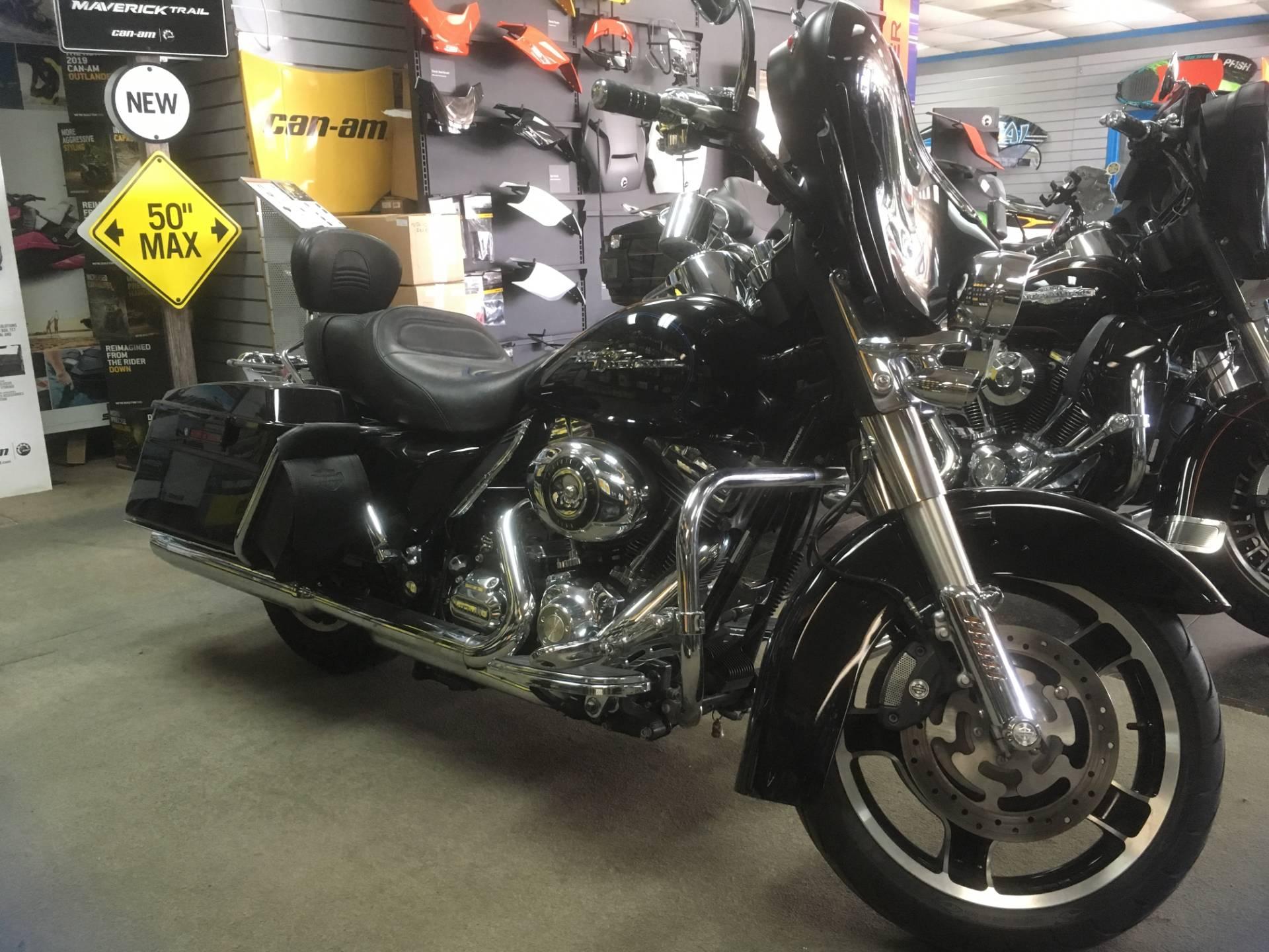 2010 Harley-Davidson FLHX STREET GLIDE 3