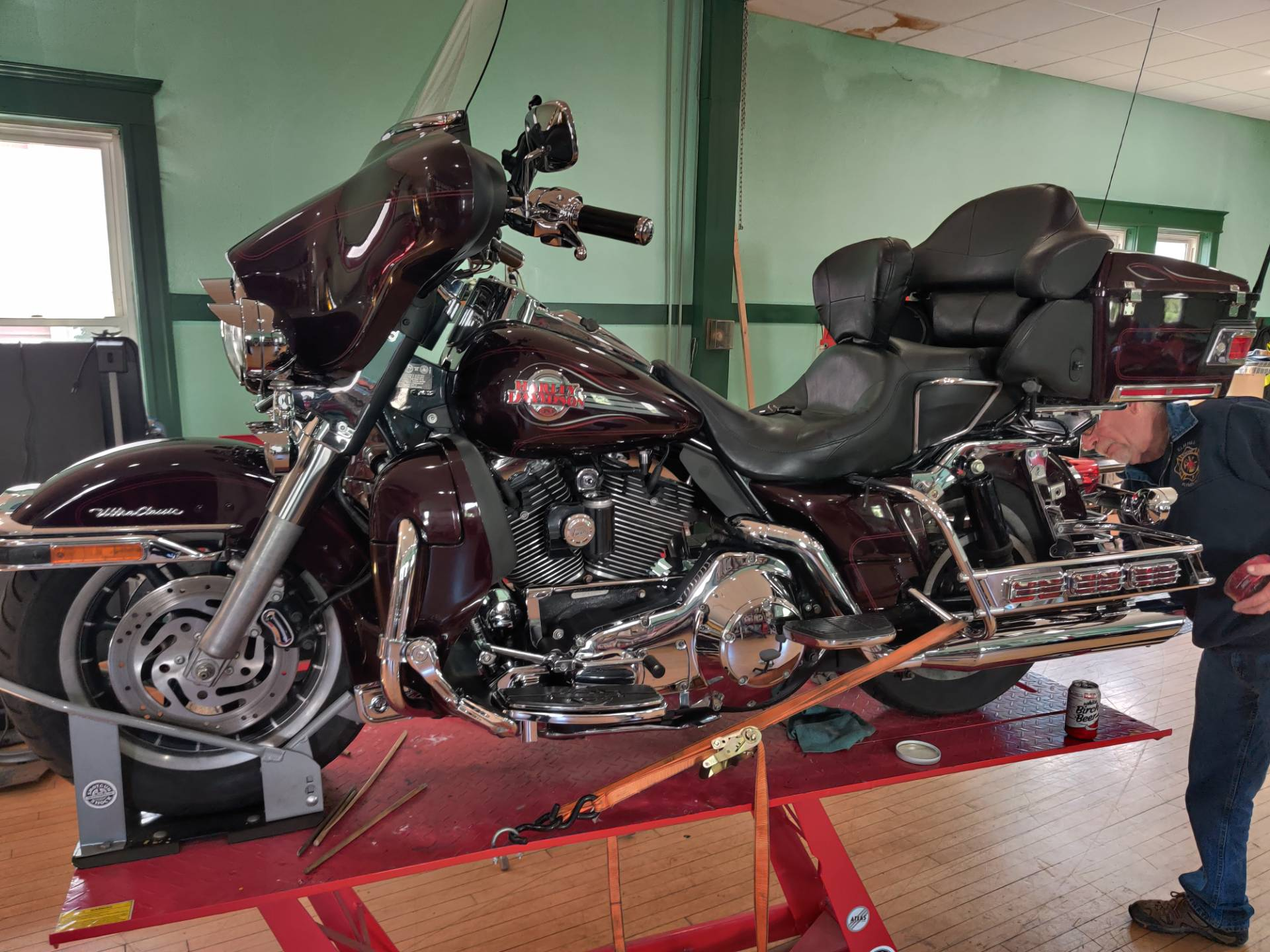 2005 Harley-Davidson Ultra Classic Shriners Edition in Forty Fort, Pennsylvania - Photo 3