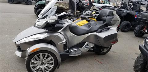 2013 Can-Am Spyder® RT SM5 in Wilkes Barre, Pennsylvania