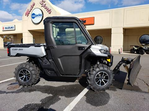 2019 Can-Am Defender XT CAB HD8 in Wilkes Barre, Pennsylvania - Photo 2