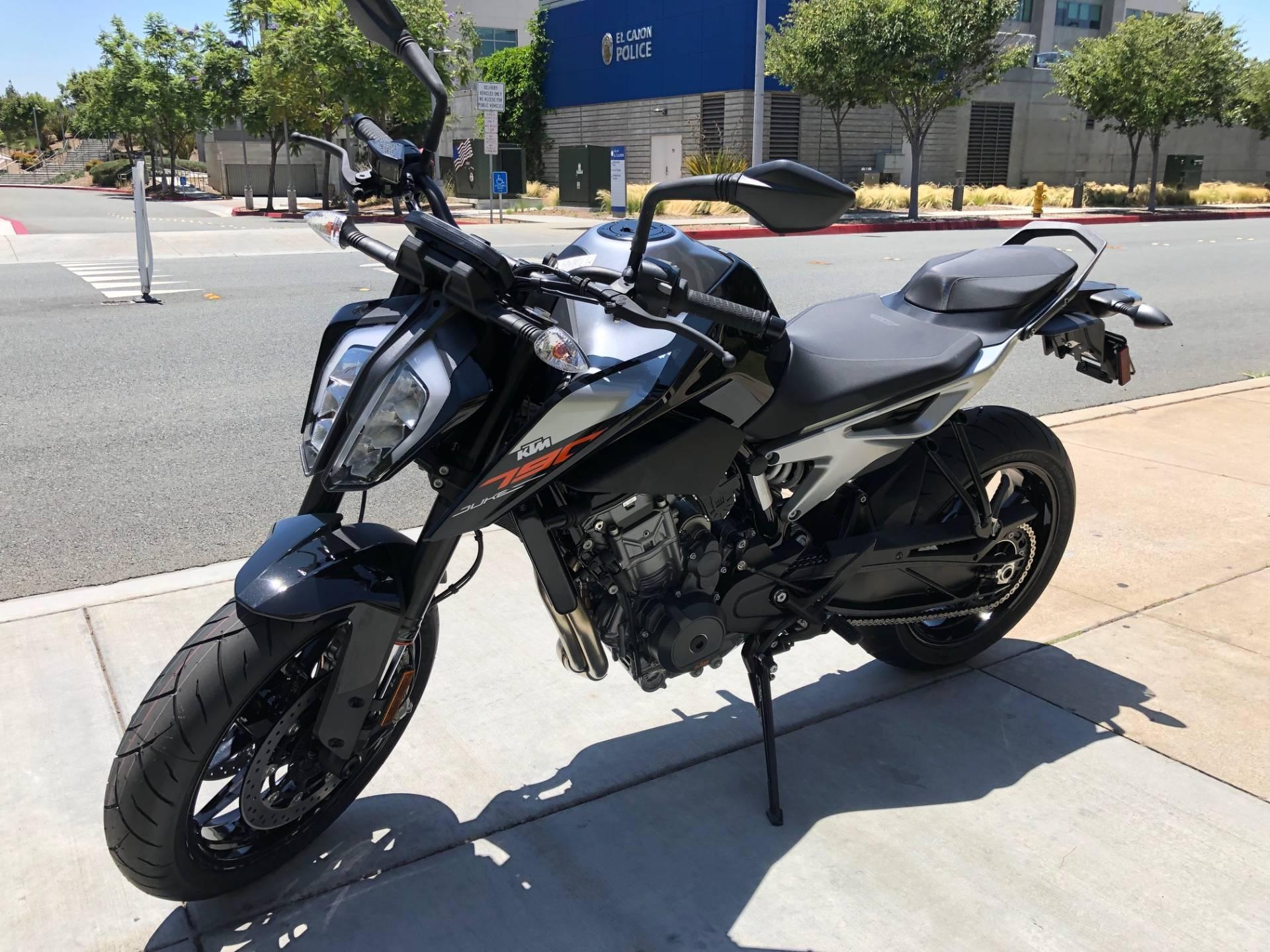 2019 KTM 790 Duke 4