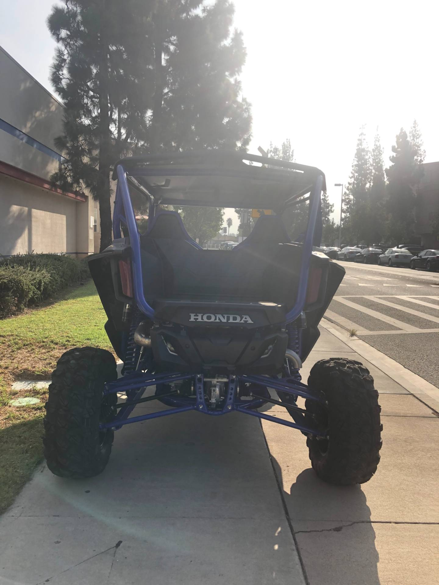 2021 Honda Talon 1000R FOX Live Valve in EL Cajon, California - Photo 5