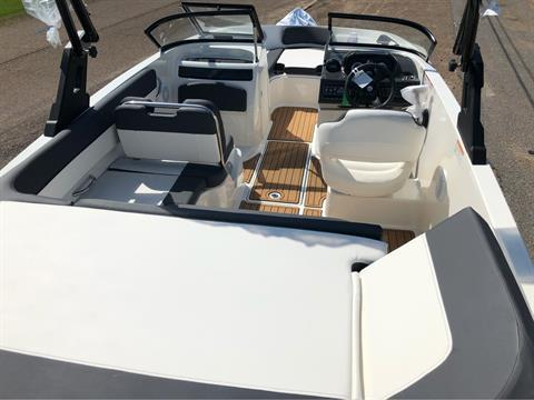 2019 Bayliner VR5 Bowrider I/O in Amory, Mississippi - Photo 4