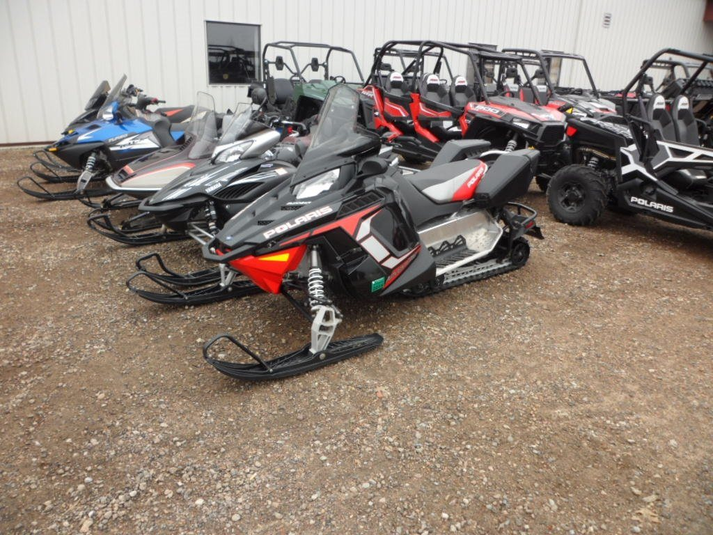 2012 polaris 600 switchback adventure black red 2012 for Used yamaha snowmobiles for sale in wisconsin