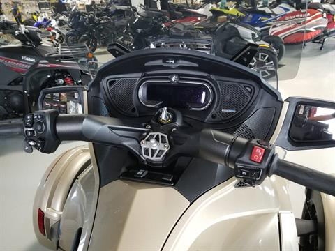 2018 Can-Am Spyder RT Limited in Antigo, Wisconsin - Photo 4