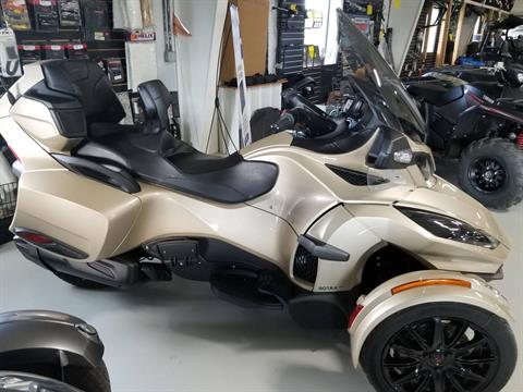 2018 Can-Am Spyder RT Limited in Antigo, Wisconsin - Photo 5