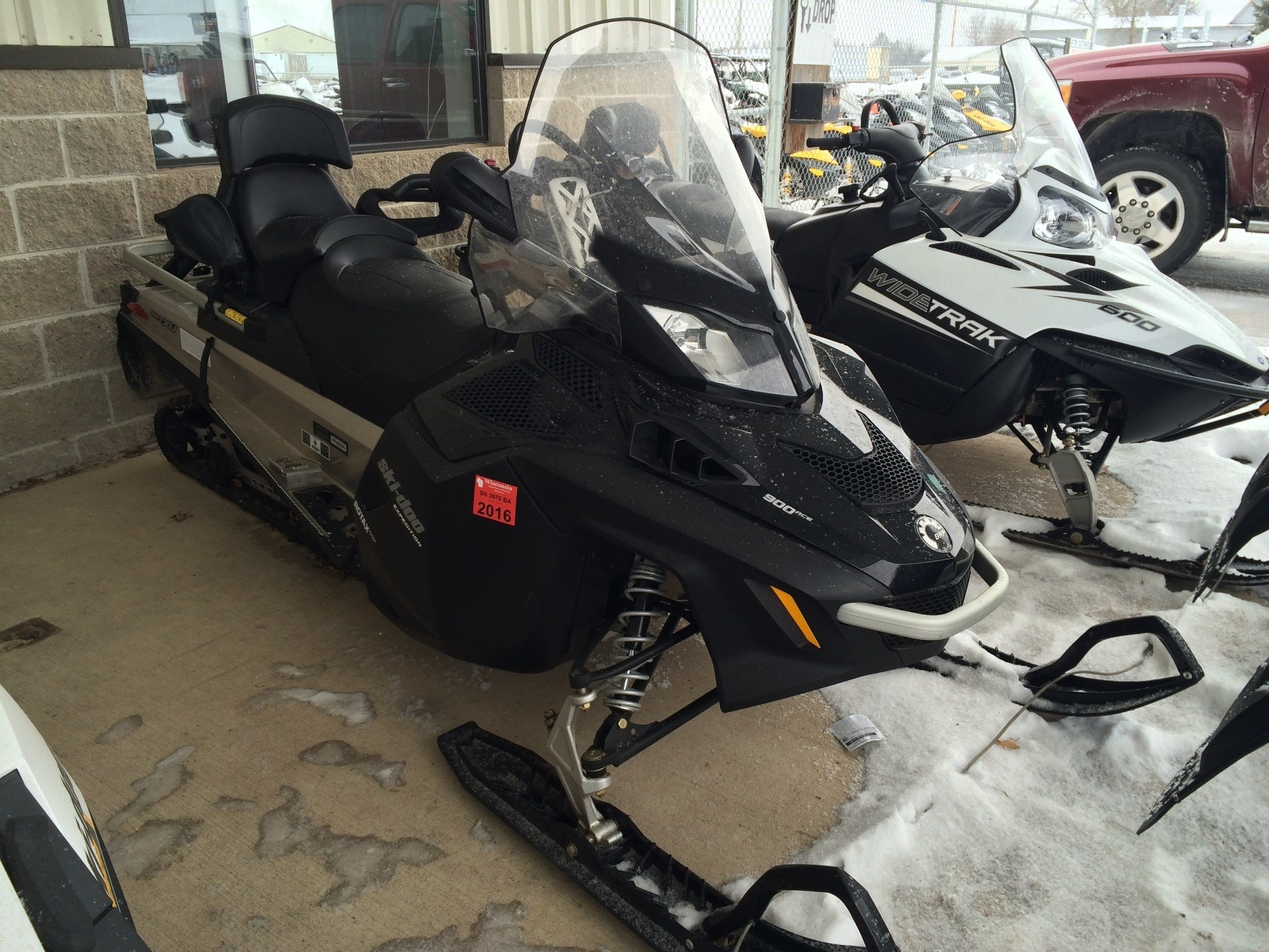 2015 Ski-Doo Expedition LE ACE 900 1