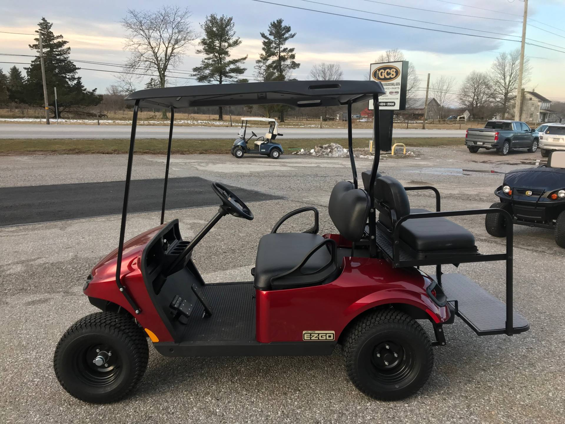 2019 E-Z-Go VALOR Gas in New Oxford, Pennsylvania