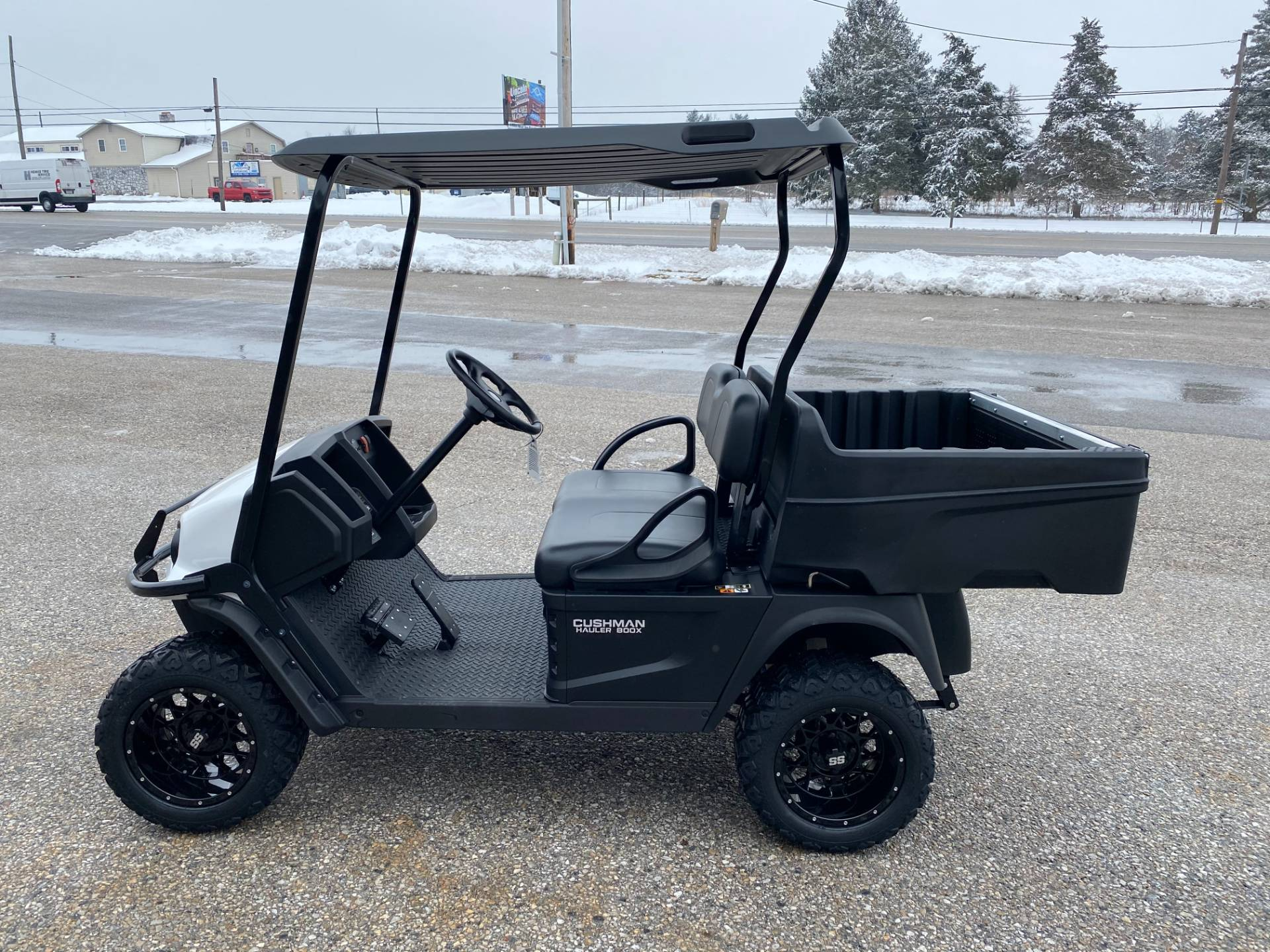 2020 Cushman HAULER 800X ELECTRIC in New Oxford, Pennsylvania - Photo 2