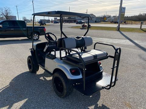 2019 E-Z-GO EXPRESS S4 EFI in New Oxford, Pennsylvania - Photo 3