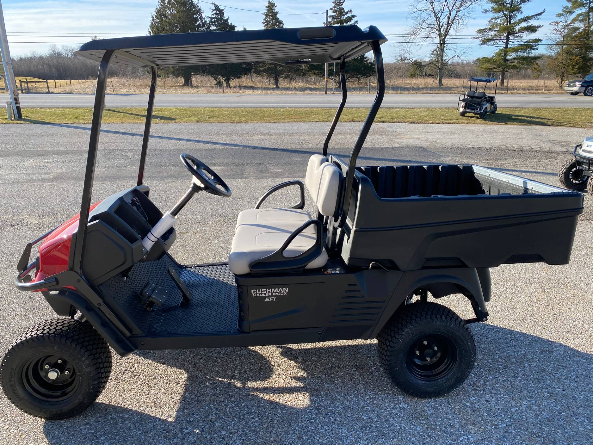 2020 Cushman HAULER 1200X EFI in New Oxford, Pennsylvania - Photo 2