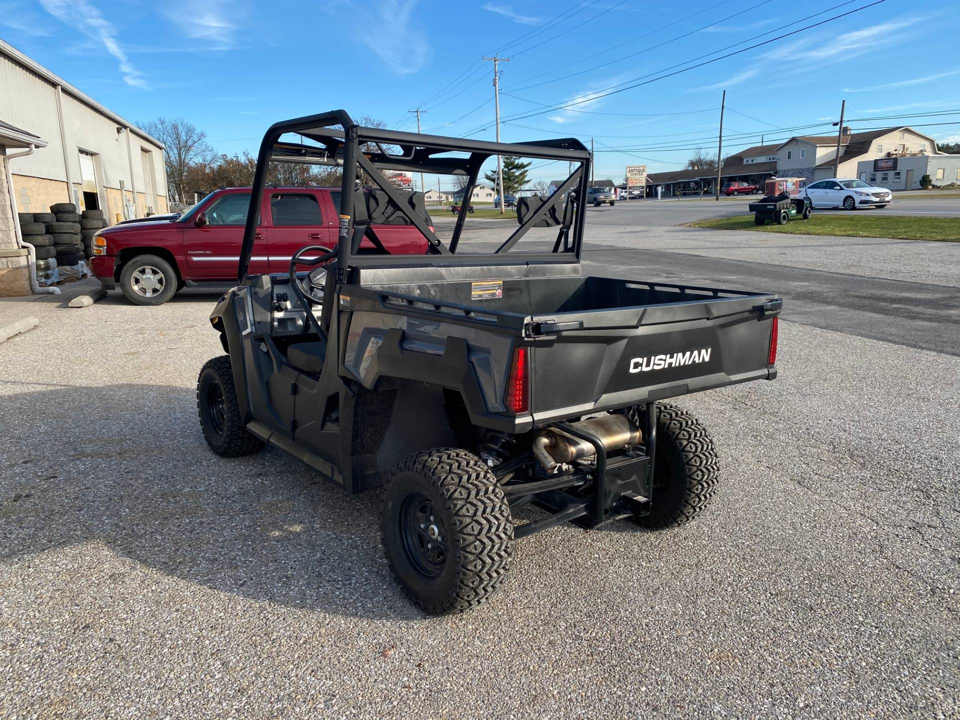 2020 Cushman HAULER 4X4 EFI in New Oxford, Pennsylvania - Photo 3