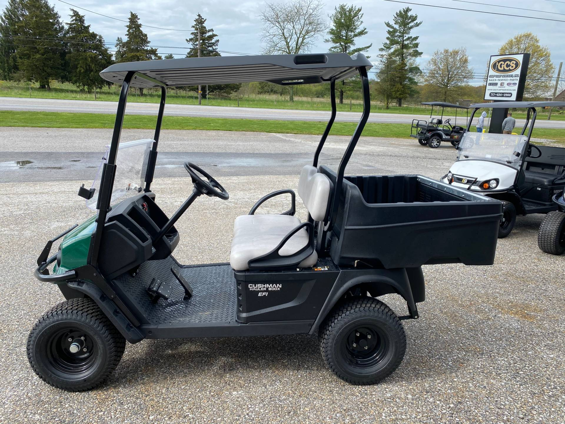 2020 Cushman HAULER 800X EFI in New Oxford, Pennsylvania - Photo 2