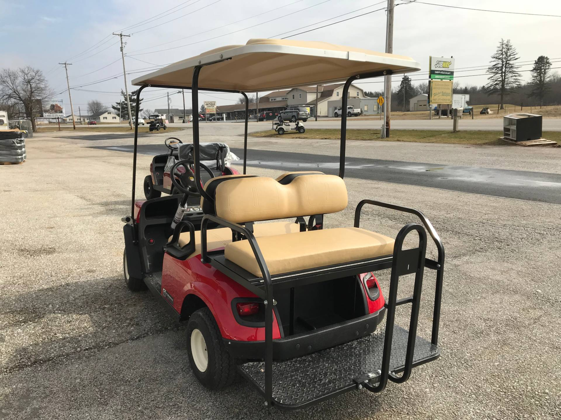 2019 Cushman SHUTTLE 2+2 E in New Oxford, Pennsylvania - Photo 3