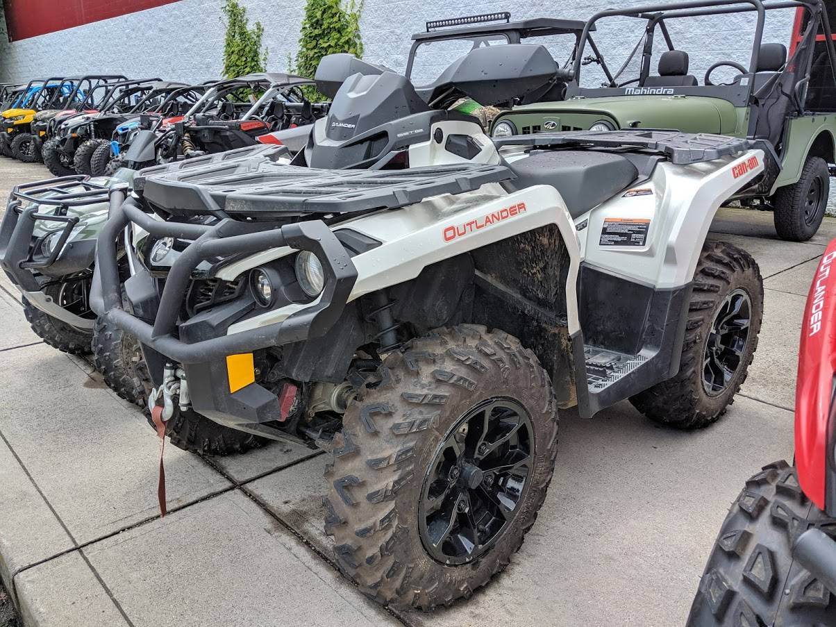 2017 Can-Am OUTLANDER 650 XT in Columbus, Ohio
