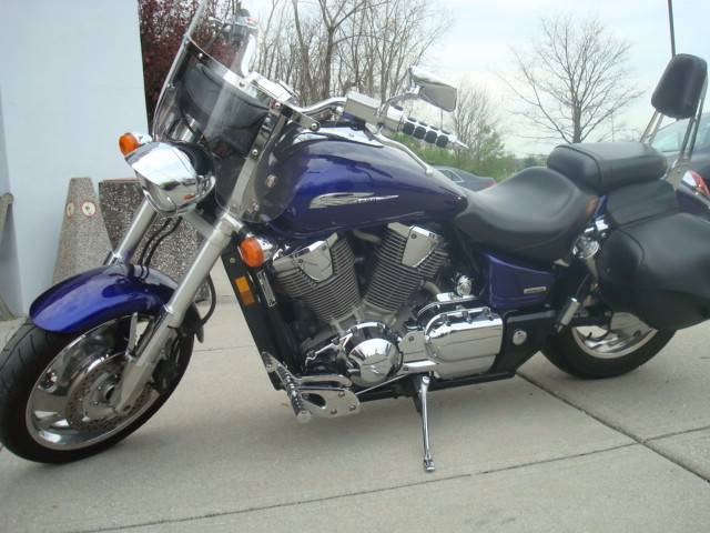 2003 VTX 1800